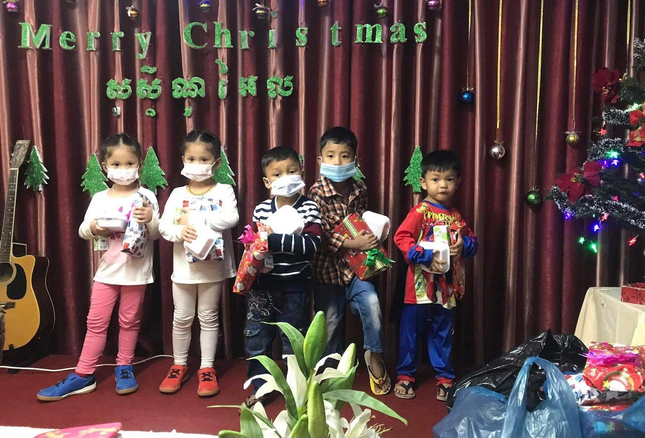 Local church children with their Christmas Spirit gifts