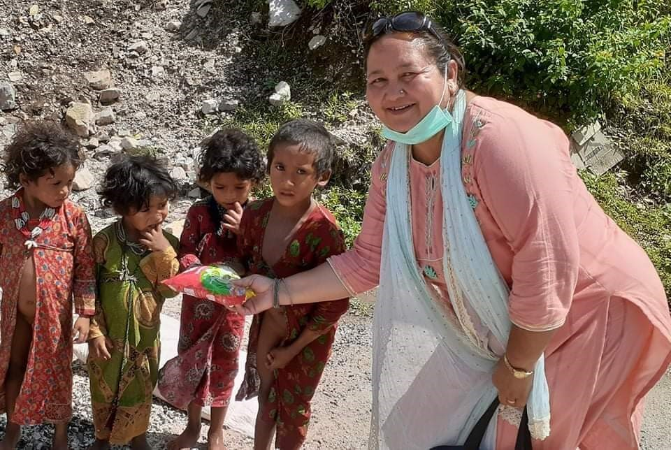 Food distribution to children