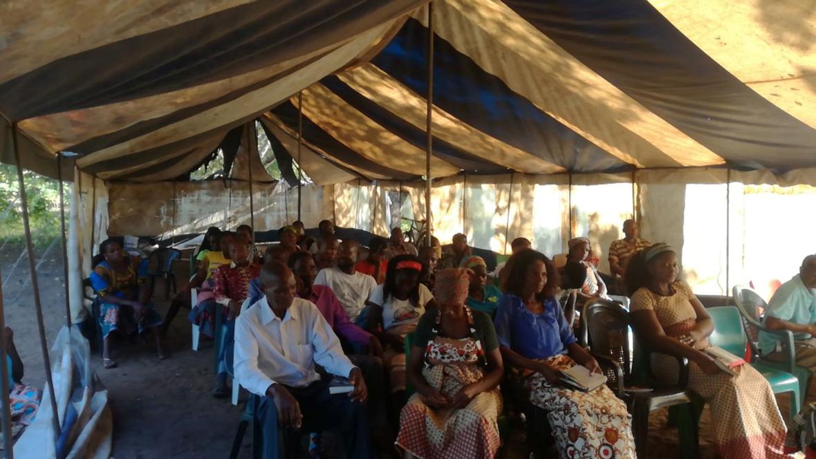 Mozambique: Worn-Out Tent